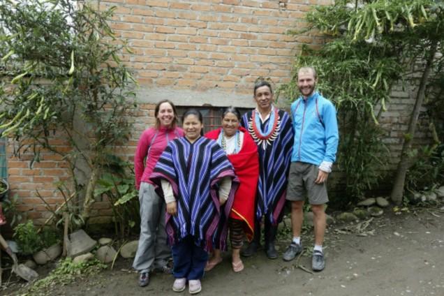 Nos hôtes en habits traditionnels